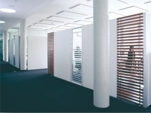 Raumabtrennung AOS Holz Akustik
