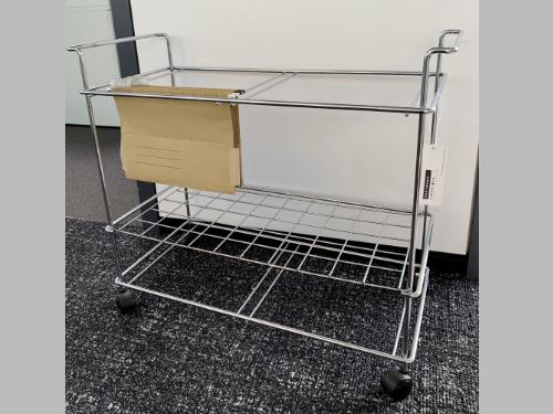 quer_Aktenwagen1